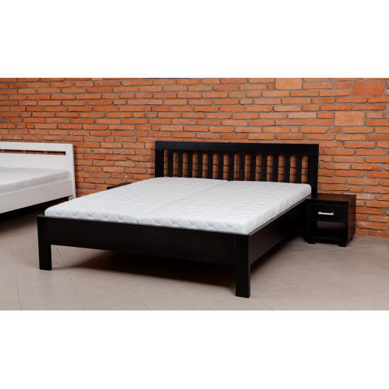 DPV Masivní postel DITTA